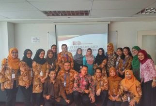 Training of Trainers: Roles of Administration Staff in Internationalizing Higher Education Institution